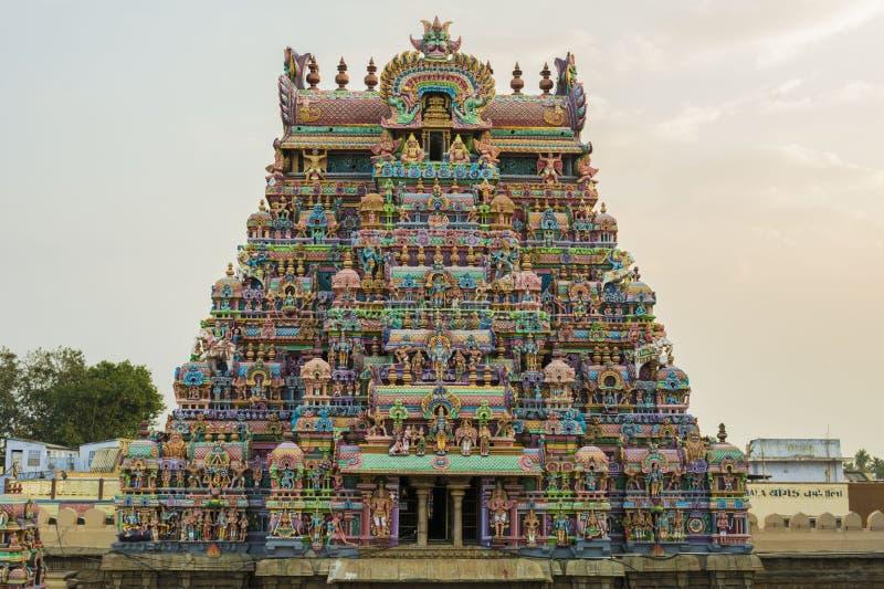 寺庙塔前面全视图Srirangam秀丽  库存照片