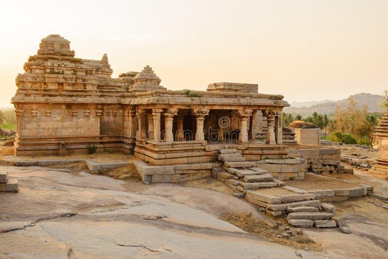 寺庙废墟在亨比 免版税库存图片