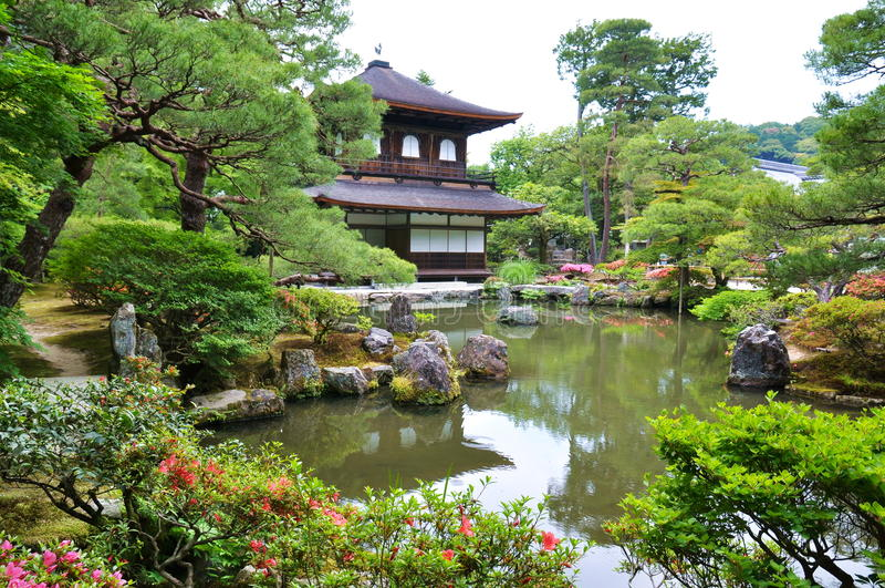 寺庙的庭院 图库摄影