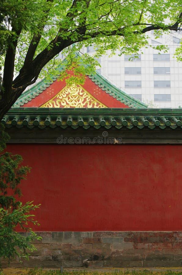 寺庙的红色墙壁 免版税库存照片