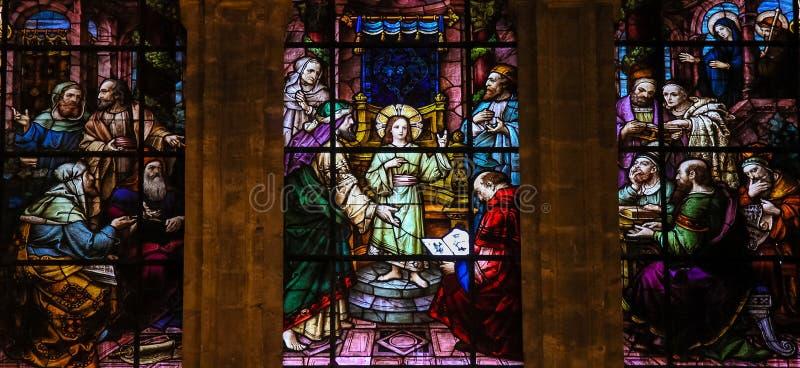 寺庙的耶稣-彩色玻璃 库存图片