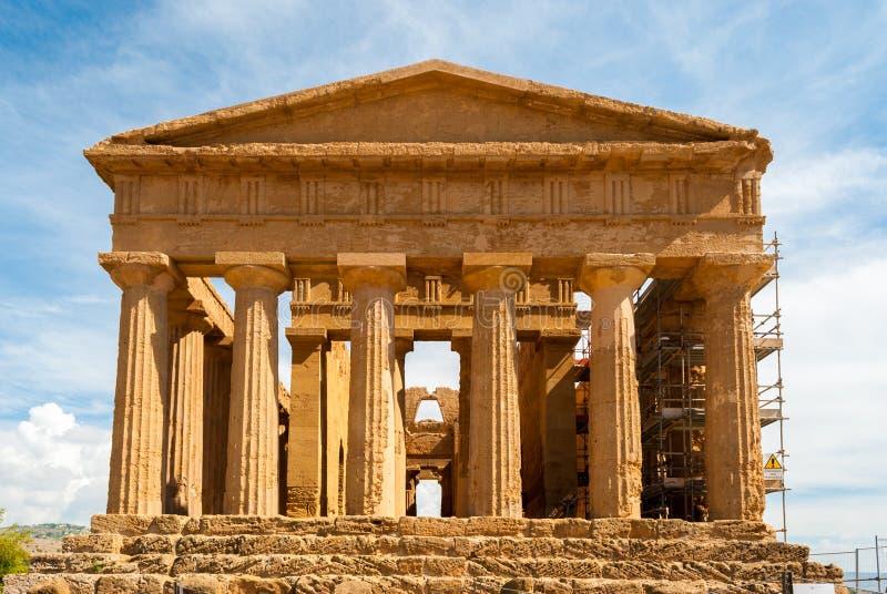 寺庙的门面Concordia (阿哥里根托,西西里岛) 库存图片