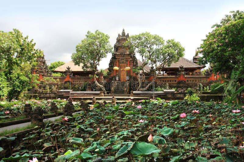 Pura Taman Saraswati Tample在Ubud,巴厘岛,印度尼西亚 库存图片