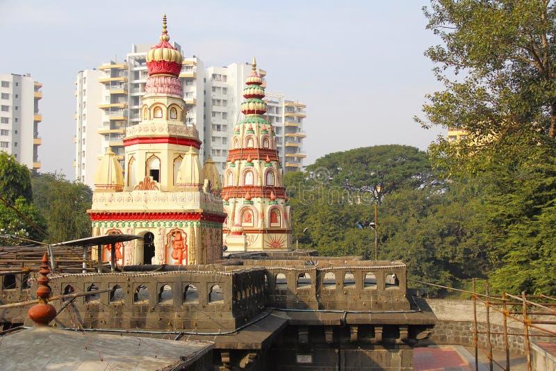 寺庙Morya Gosavi寺庙, Chinchwad,浦那圆顶或Kalash  免版税库存照片