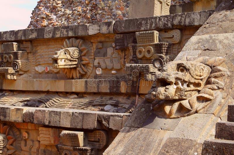 寺庙quetzalcoatl III, teotihuacan 库存照片