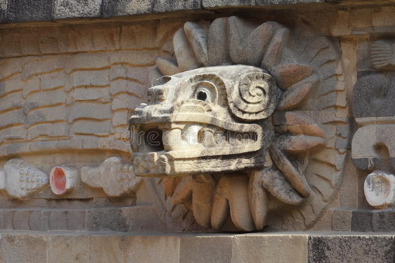 寺庙quetzalcoatl VI, teotihuacan 库存图片