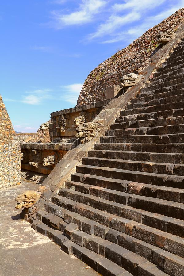 寺庙quetzalcoatl VII, teotihuacan 库存图片