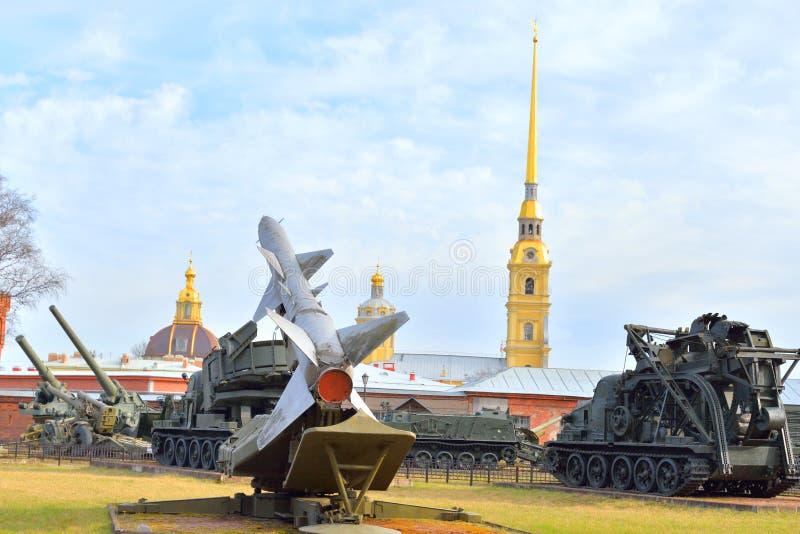 导弹复合体发射器在军事火炮博物馆 免版税库存照片