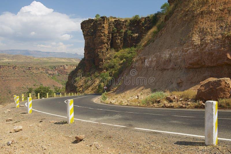 绕导致巴赫达尔,埃塞俄比亚的山路 图库摄影