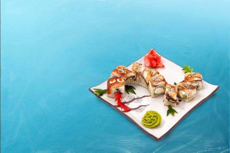 寿司卷设置了龙 库存照片