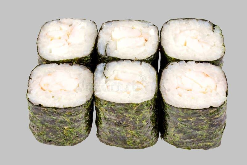 寿司maki卷用在灰色背景的虾 库存照片