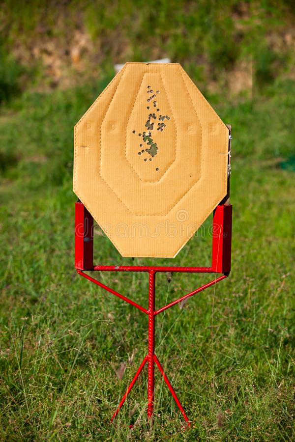 射击国际实用射击联盟竞争手枪比赛的目标 库存图片