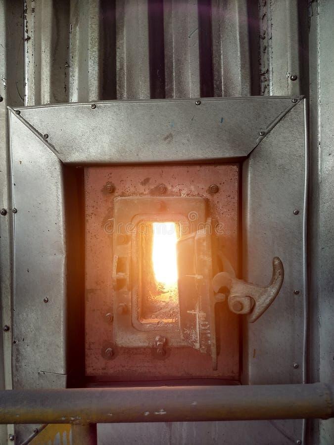 射界在热电厂 免版税库存图片