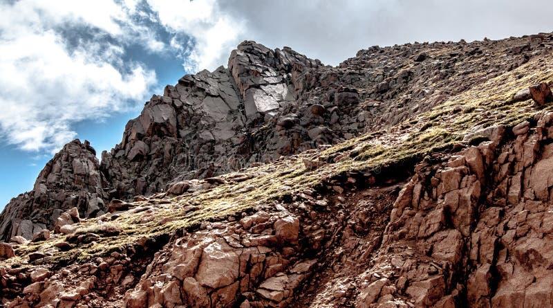 Download 在派克的峰顶的岩石 库存照片. 图片 包括有 著名, 上升, 科罗拉多, 海拔, 英尺, 峰顶, 岩石, 旅行 - 30329218