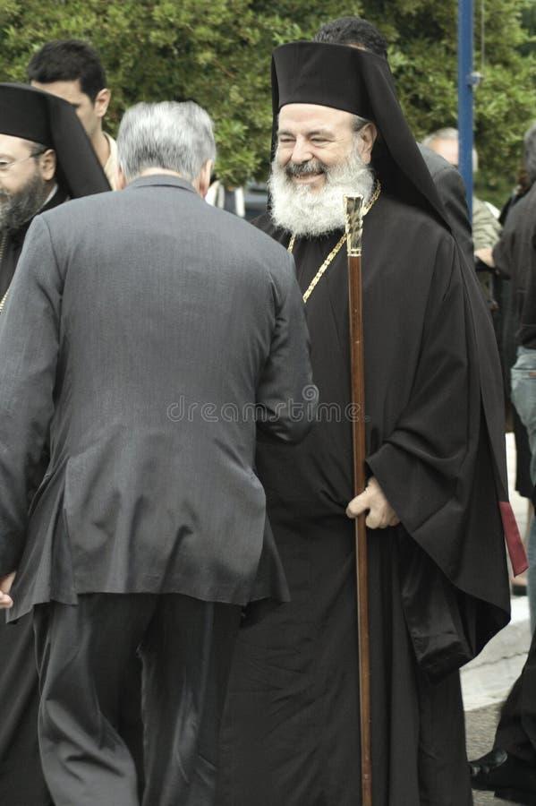 尊敬圣约翰的直率的东正教领导人Christodoulos大主教问候香客俄国人 免版税图库摄影