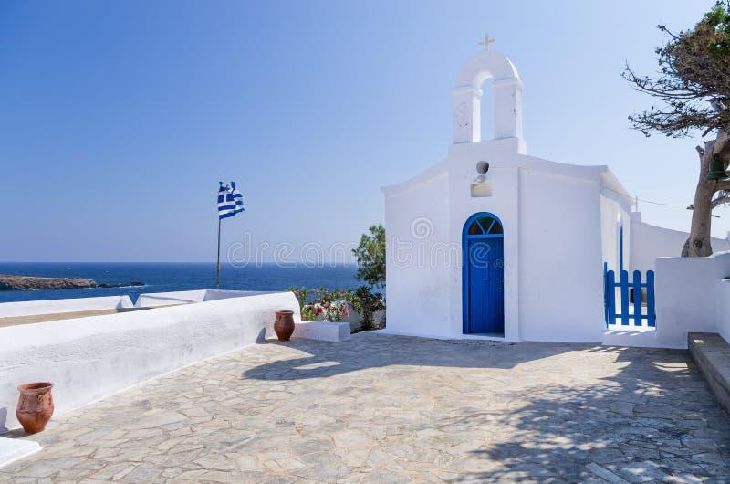 小东正教在基斯诺斯岛海岛,基克拉泽斯,希腊 库存图片