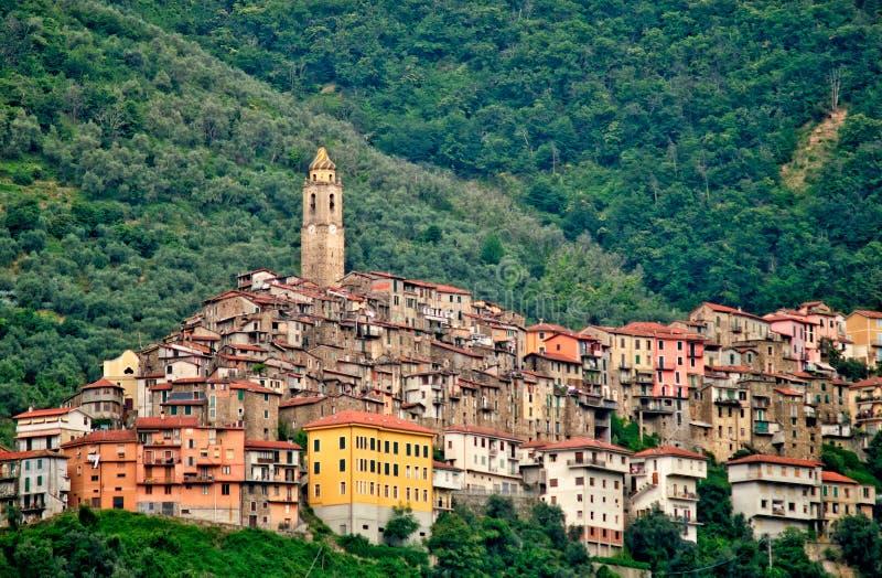 小中世纪镇卡斯泰尔维托廖在意大利 图库摄影
