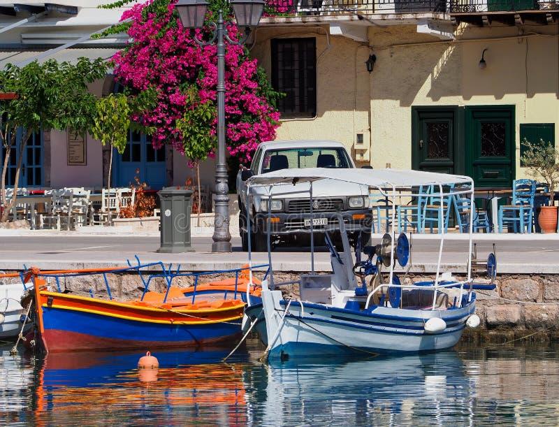 小传统希腊木渔船,Galaxidi,希腊 库存照片