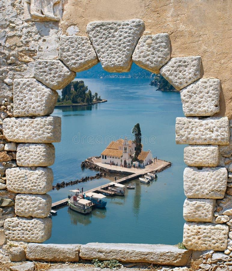 小传统教堂在科孚岛海岛 库存图片
