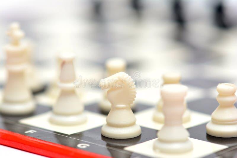 小便携式的旅行下棋比赛 库存图片