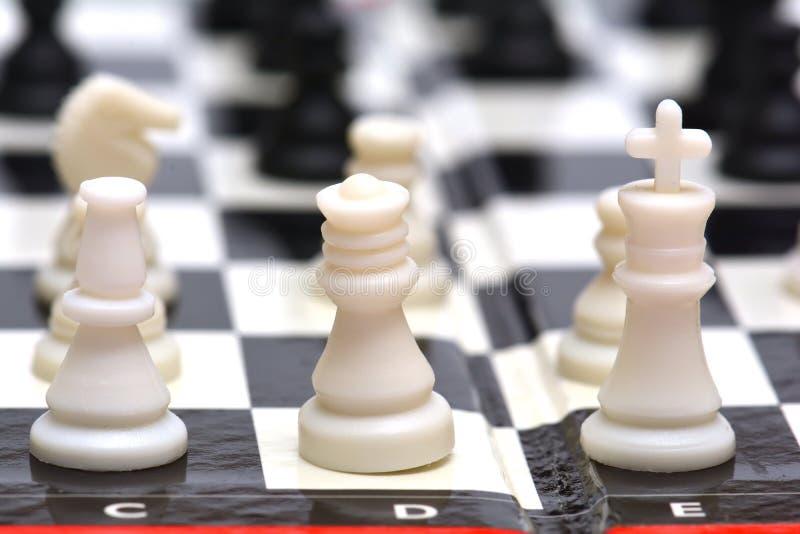 小便携式的旅行下棋比赛 免版税图库摄影