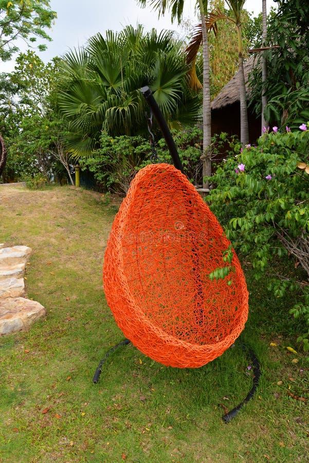 小儿床吊样式鸟的巢 免版税库存照片