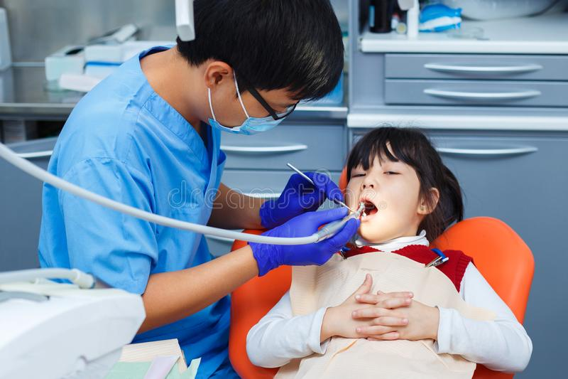 小儿科牙科,预防牙科,口腔卫生概念 免版税库存图片