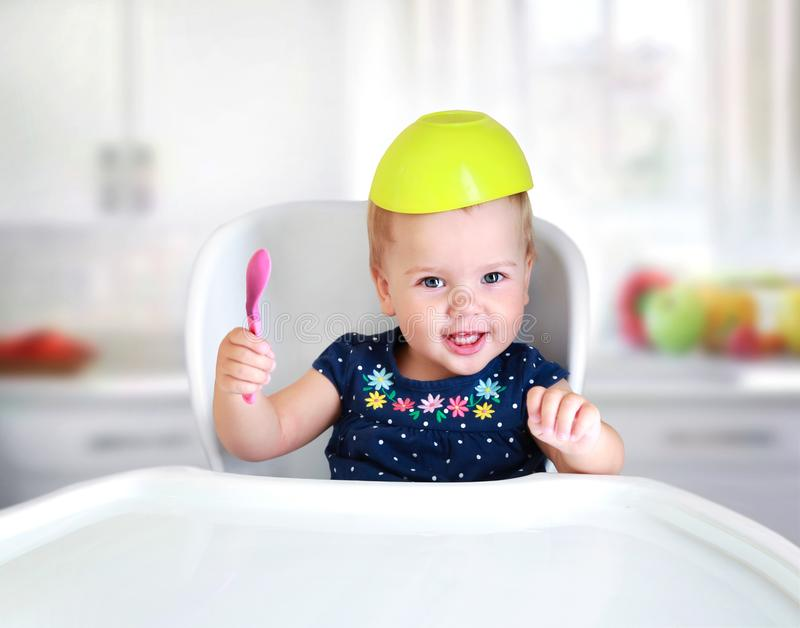 小儿童吃概念 孩子` s营养 免版税库存图片
