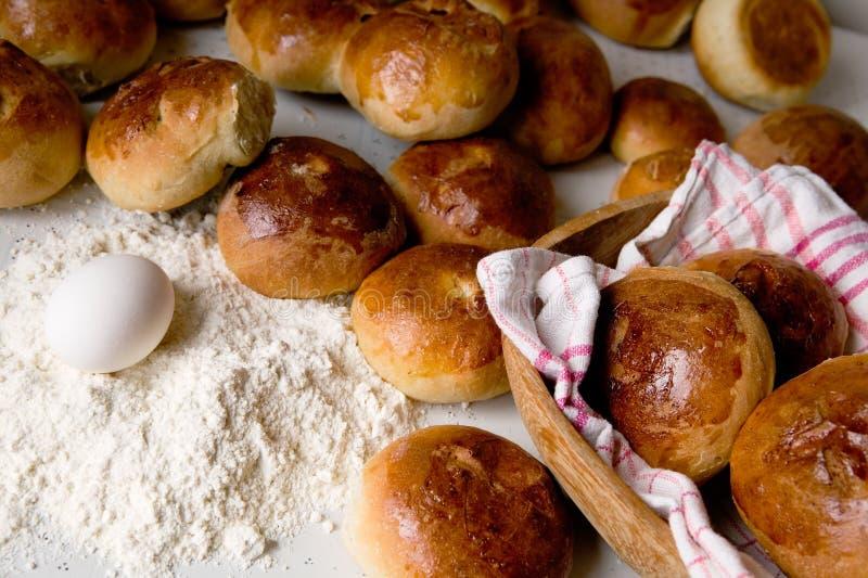 小圆面包交叉热 免版税库存图片