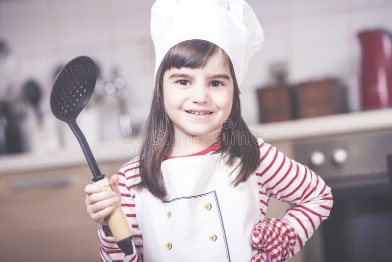 小女孩厨师 免版税图库摄影