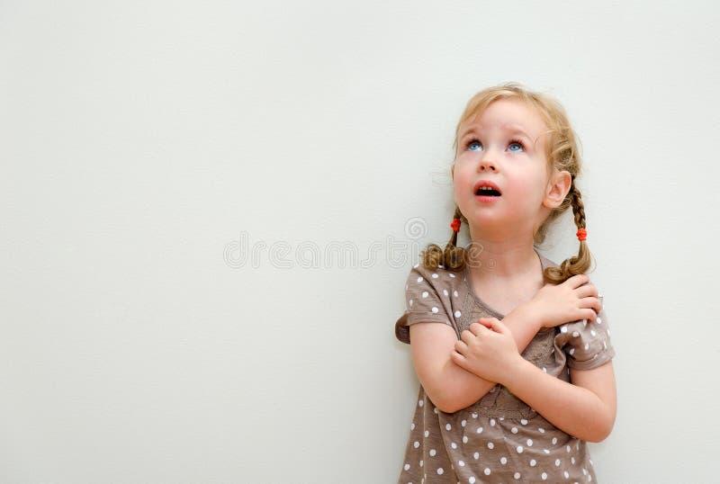 小女孩纵向  库存图片