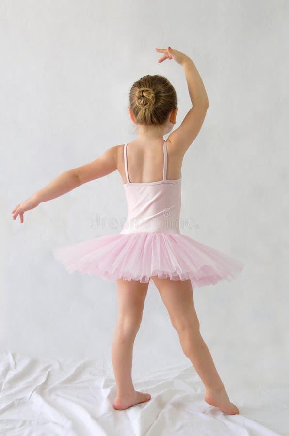 小女孩芭蕾舞女演员 图库摄影