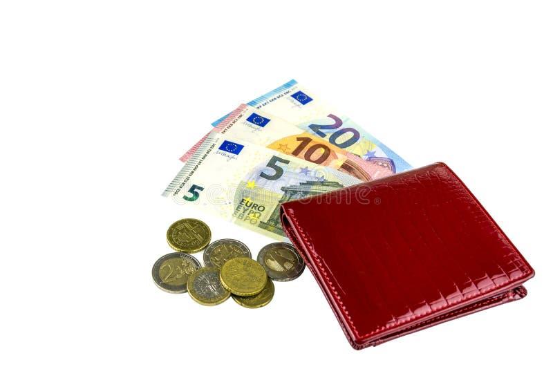 小妇女红色钱包 5, 10和20欧元钞票  铸造一些 背景查出的白色 免版税库存图片