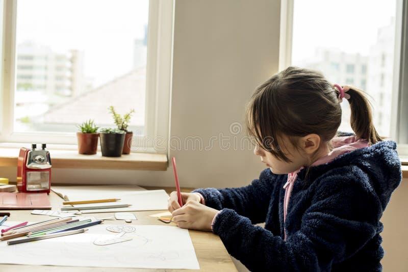 小孩图画速写的逗人喜爱可爱 库存照片