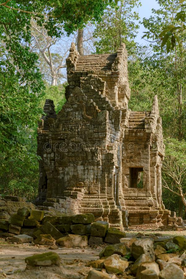 小寺庙在吴哥城,高棉寺庙,暹粒市,柬埔寨 拜伦,最著名的寺庙在吴哥城 图库摄影