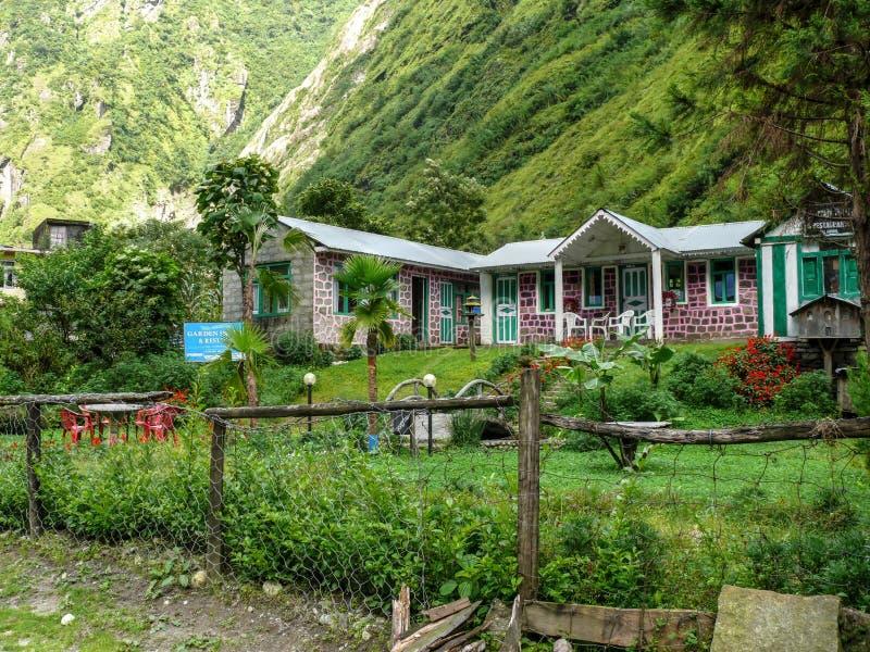小屋在Tal村庄-尼泊尔 库存图片