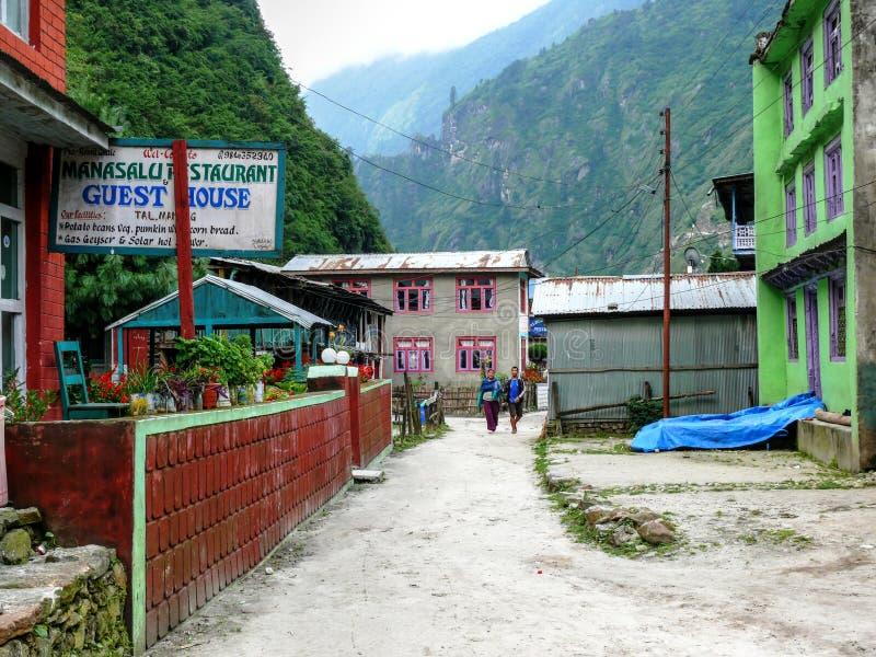 小屋在Tal村庄-尼泊尔 免版税库存照片