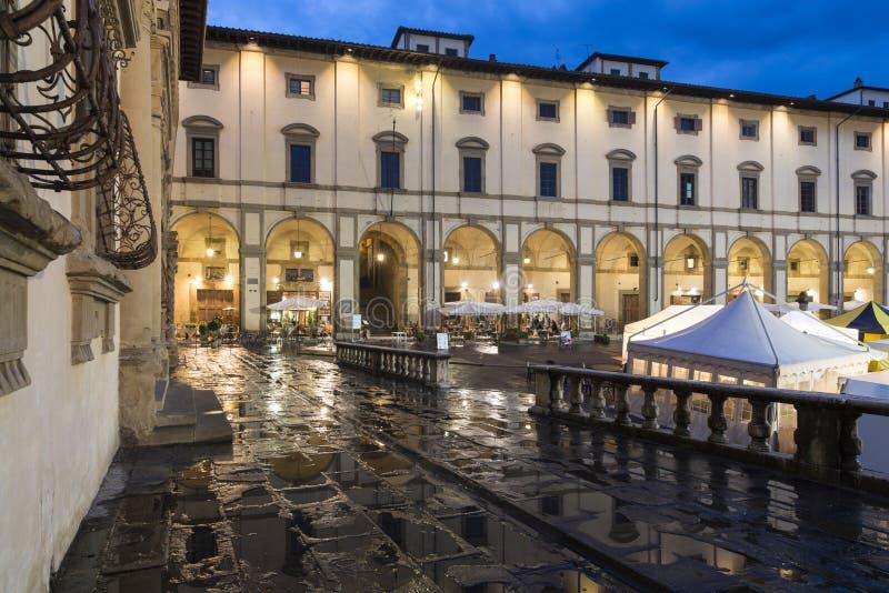 小屋的宫殿在晚上阿雷佐托斯卡纳意大利欧洲 免版税库存照片