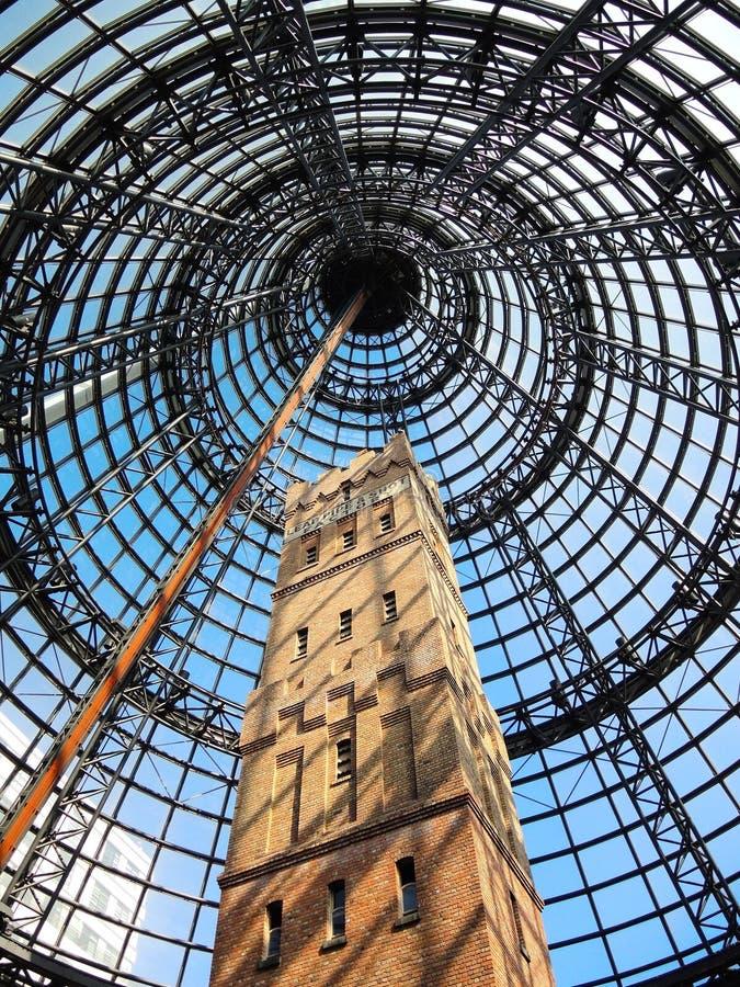 小屋` s射击塔是位于墨尔本CBD的心脏的射击塔,是高9个的故事,并且有327步在上面 免版税库存照片