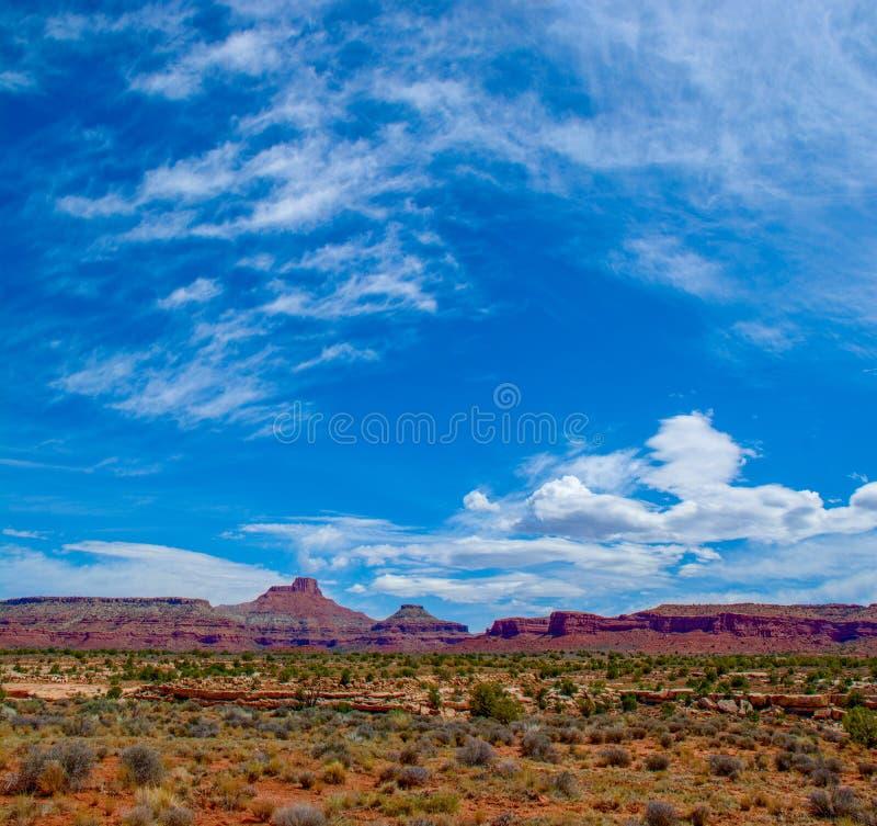 小山和云彩在弗赖伊峡谷 库存图片