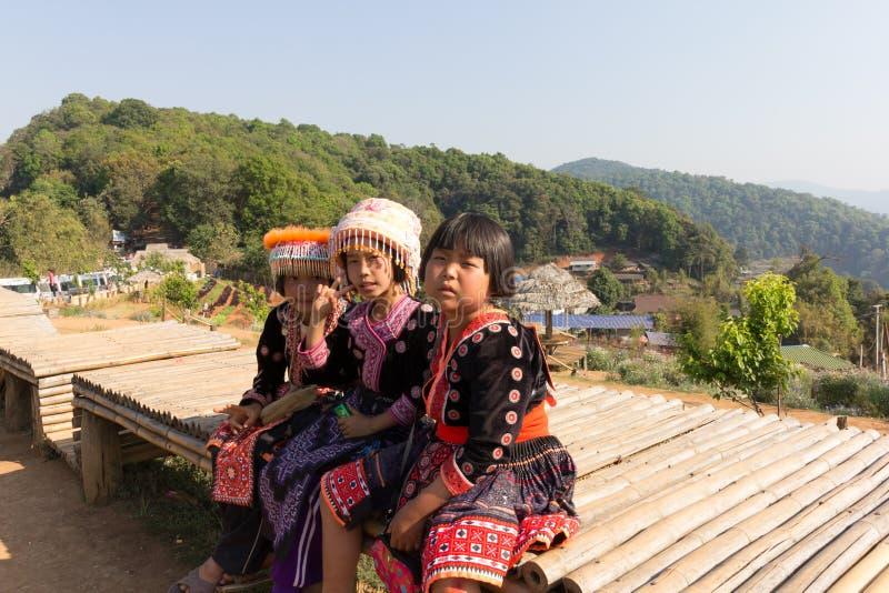 Download 小山部落孩子画象 图库摄影片. 图片 包括有 村庄, 传统, 小山, 使用, 服装, 愉快, 衣裳, 部落 - 59104232