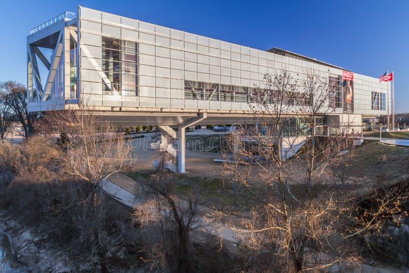 小岩城, AR/USA -大约2016年2月:威廉J 克林顿总统中心和图书馆在小岩城,阿肯色 免版税库存照片