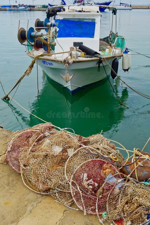 小希腊渔船,Thassos希腊海岛,希腊 免版税库存图片