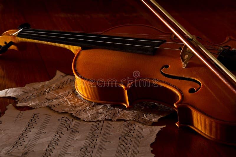 小提琴板料和音乐 库存图片