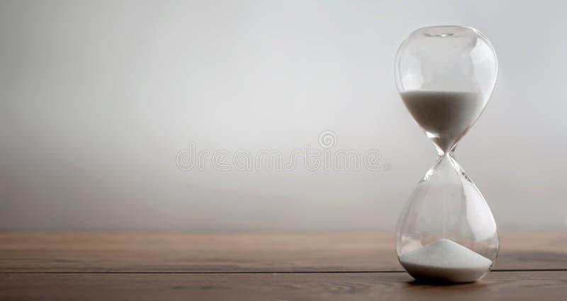 小时玻璃背景 免版税库存照片