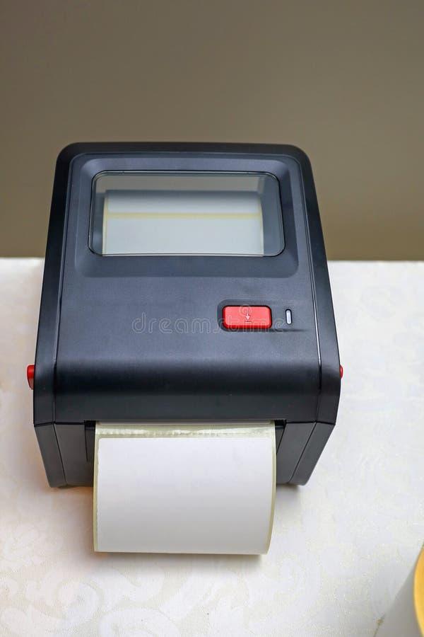 小条形码标签打印机 库存照片