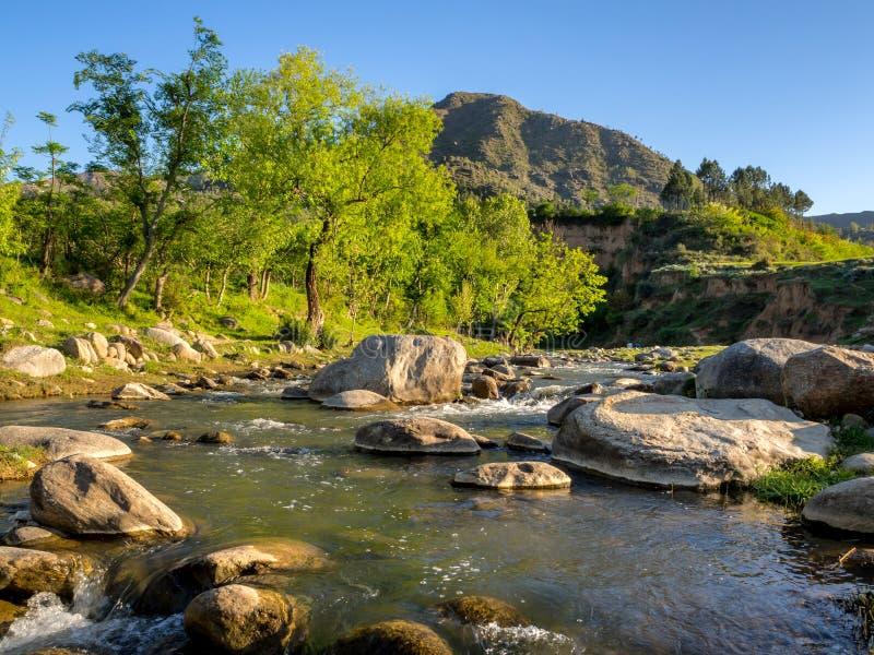 小河拍打巴基斯坦 免版税库存图片