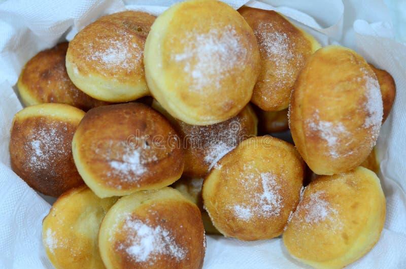 小油炸圈饼用糖 免版税图库摄影