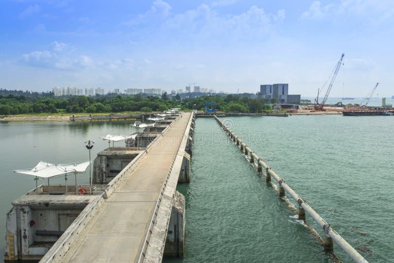 小游艇船坞堰坝新加坡 库存照片