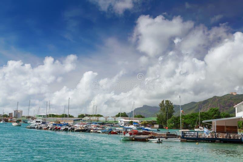 小游艇船坞宪章,维多利亚, Mahe,塞舌尔群岛 库存图片